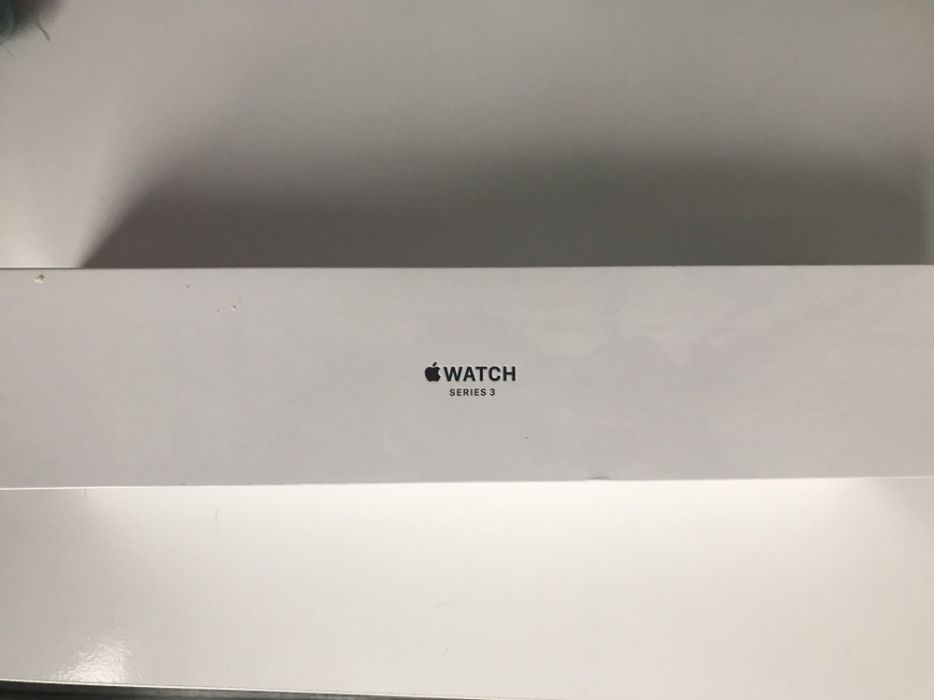 Apple watch 3. Новые. 38 mm. Gold Aluminum. Sport Band