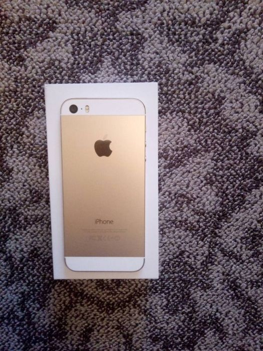 Продам Apple iPhone 5S 16gb neverlock Gold