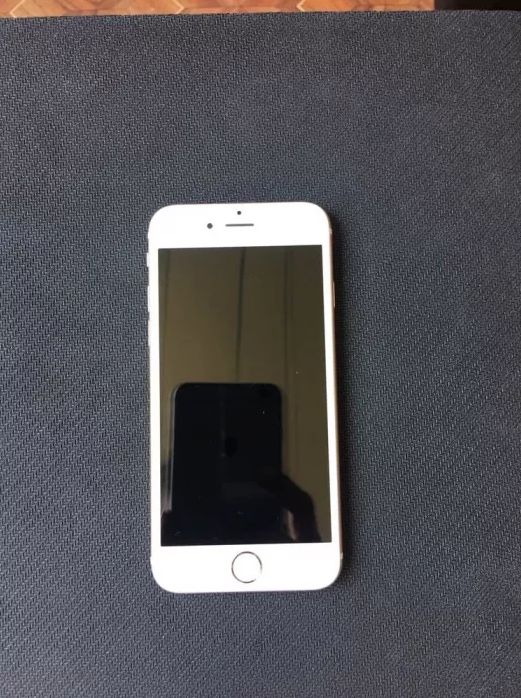Продам iPhone 6s 32gb gold