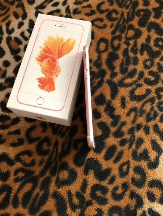 Apple IPhone 6s 64GB Rose Gold Neverlock