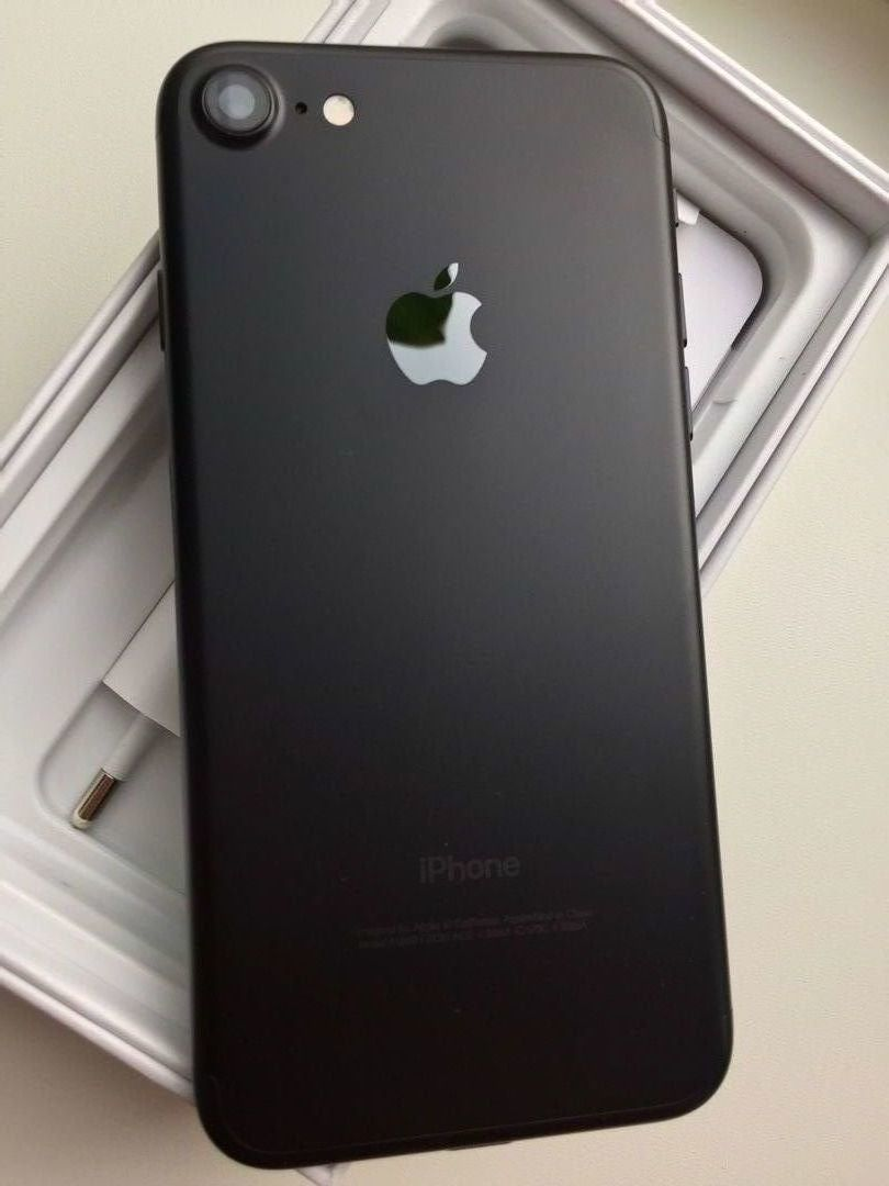 iPhone 7 32 GB (Black) 10/10