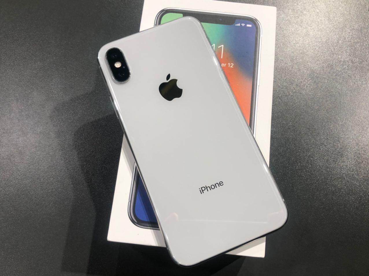 Apple iPhone X 256Gb Silver з Коробкою